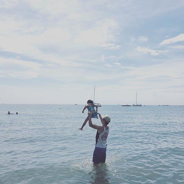 海開き🏖#一色海岸 #葉山#sea#summer#海開き#梅雨の晴れ間#子育て#kids#ig_kids (Instagram)