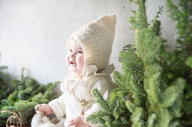昨日は 兄と妹 別々のクリスマスパーティーへ。ローストビーフにシュトーレン ミートローフや蒸篭蒸しおこわまで。。私もここぞとばかりお皿いっぱいにお料理のせてモリモリ食べたおかげでか帰ってからの現像の集中力がいつもの倍。何より 娘と一緒にお出かけできたことが嬉しくて♪今日もクリスマスも 撮影頑張れそう🌲#クリスマスパーティー#kidsphotography#xmas#merrychristmas#winter#出張撮影#ハンドメイドこども服#鎌倉#湘南#baby#子育て#写真好きな人と繋がりたい#写真撮ってる人と繋がりたい (Instagram)