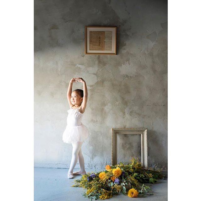 習い事と一緒に残す成長の記録。@alku_mi #出張撮影#ballet#お誕生日記念#卒園#入学#子ども写真#バレエ#鎌倉#湘南#葉山#flowers#antique#コドモノ#tocotoco#写真好きな人と繋がりたい#写真撮ってる人と繋がりたい#東京カメラ部#ニコン (Instagram)