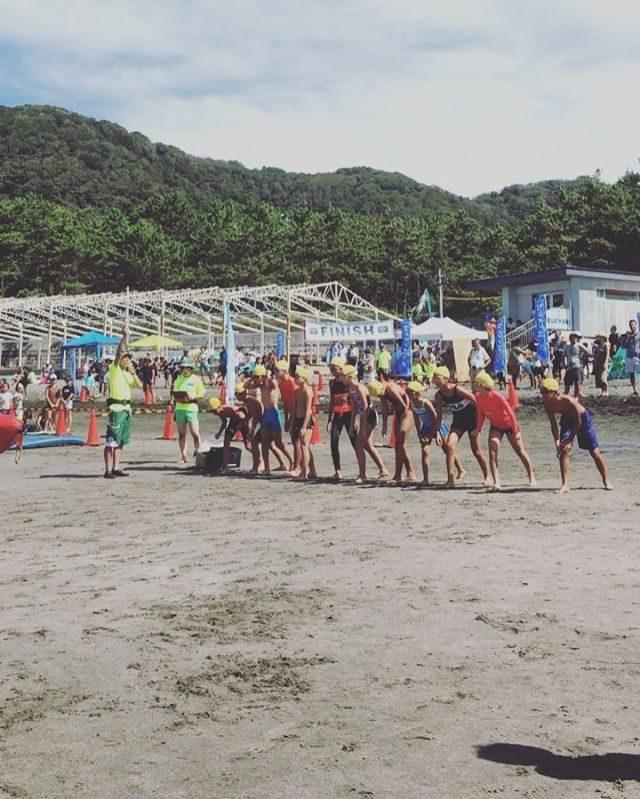 小学生最後の夏が終わり帰り道には もう 浅間2000 スカイレースの合宿とレースのことをワクワクしながら話している息子の海から山への切り替えの早さ。。#夏から秋へ#今度は長野#hayaman#トライアスロン#葉山#スカイレース#浅間2000#ジュニアトレイルラン#一色海岸#beach#sea#kids#湘南 (Instagram)