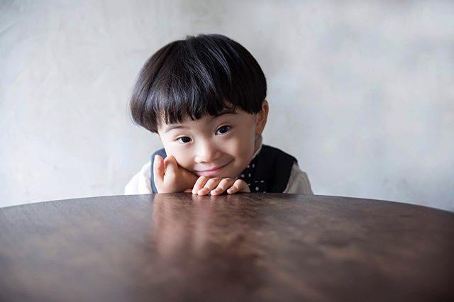 まだかな まだかなぁ♪@alku_mi #出張撮影#ロケーションフォト#kidsphotography#写真好きな人と繋がりたい#写真撮ってる人と繋がりたい#コドモノ#お誕生日記念#3歳#ハンドメイド子ども服#アルクウミ#鎌倉#vsco#ig_japan#キッズモデル (Instagram)